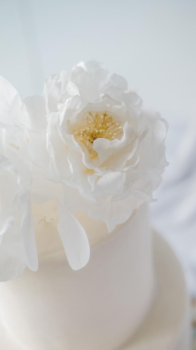 The wedding of  Lukito & Ria by KAIA Cakes & Co. - 008