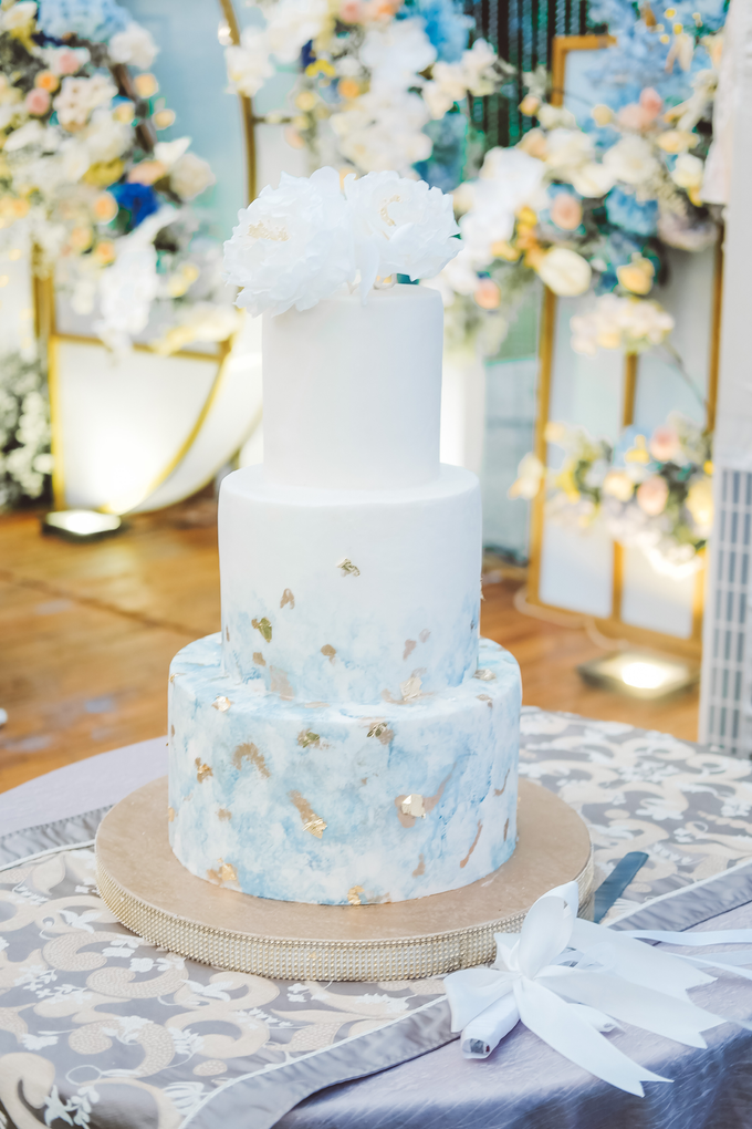 The wedding of  Lukito & Ria by KAIA Cakes & Co. - 017