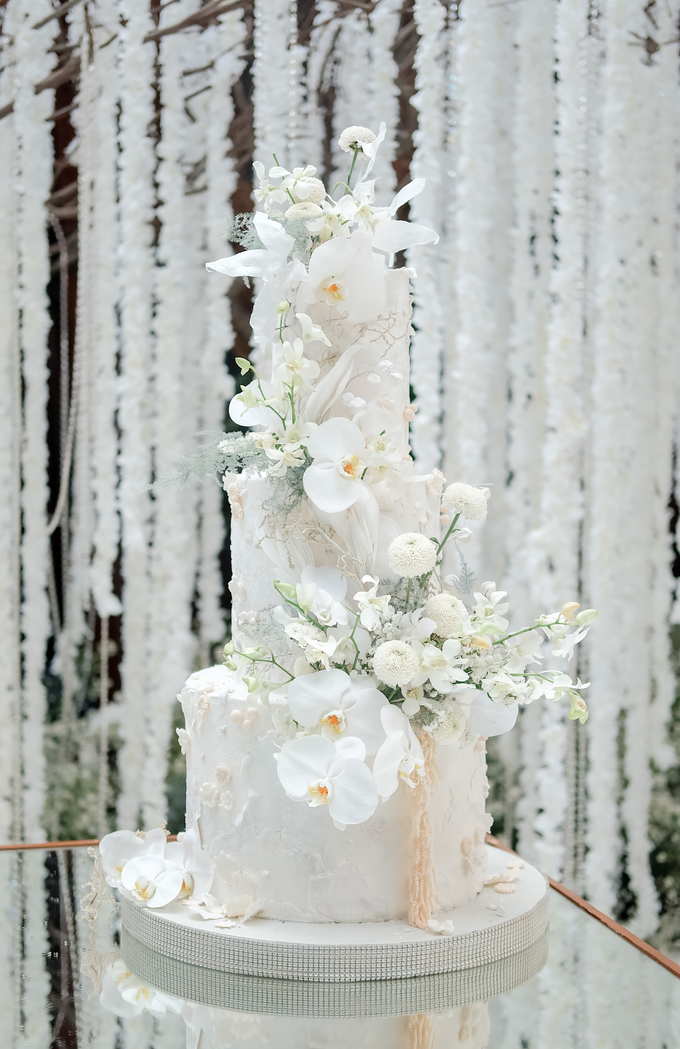 The wedding of Sulaeman & Claudia by KAIA Cakes & Co. - 003