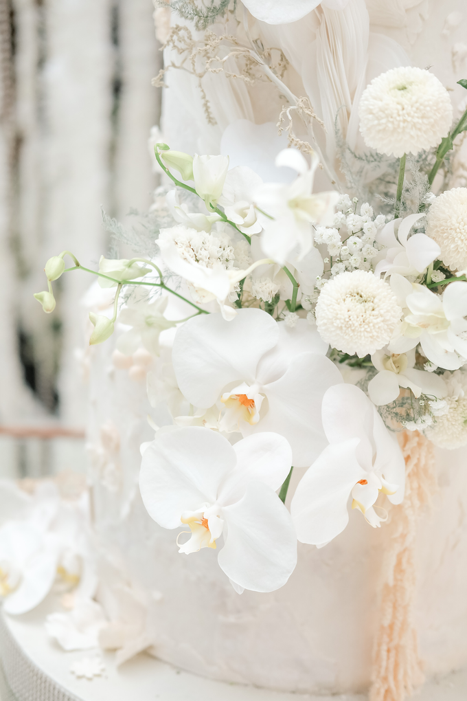 The wedding of Sulaeman & Claudia by KAIA Cakes & Co. - 004
