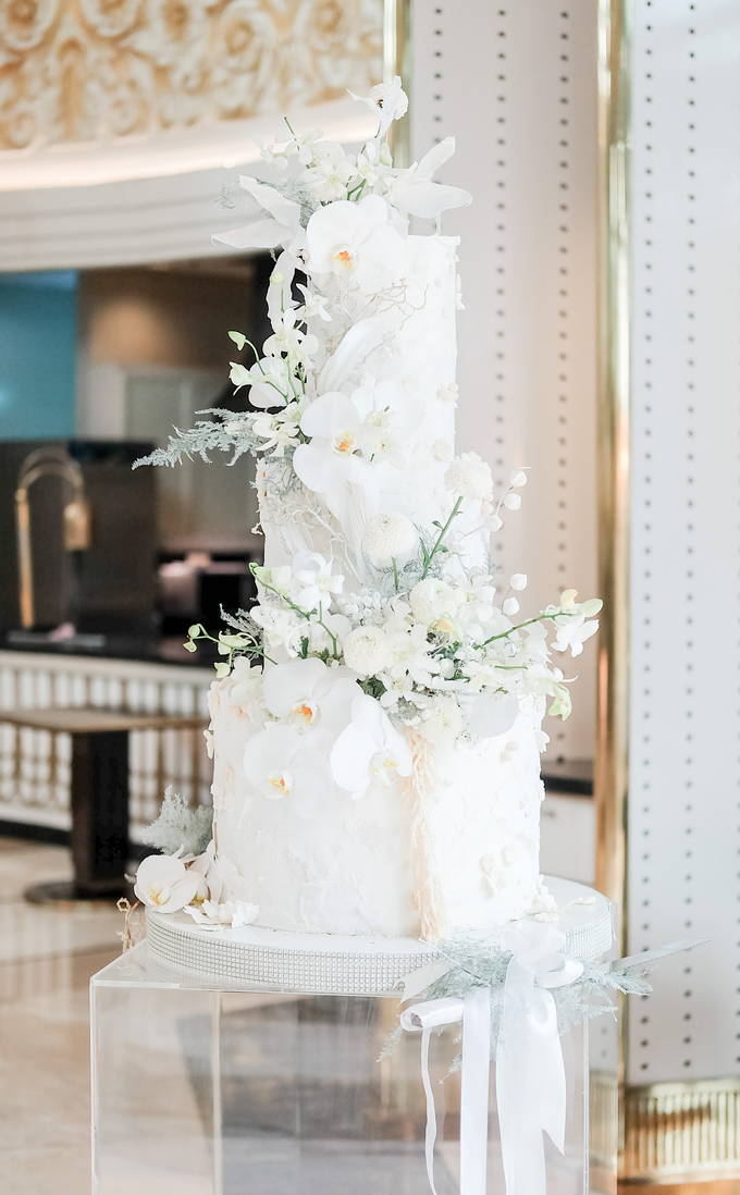 The wedding of Sulaeman & Claudia by KAIA Cakes & Co. - 009