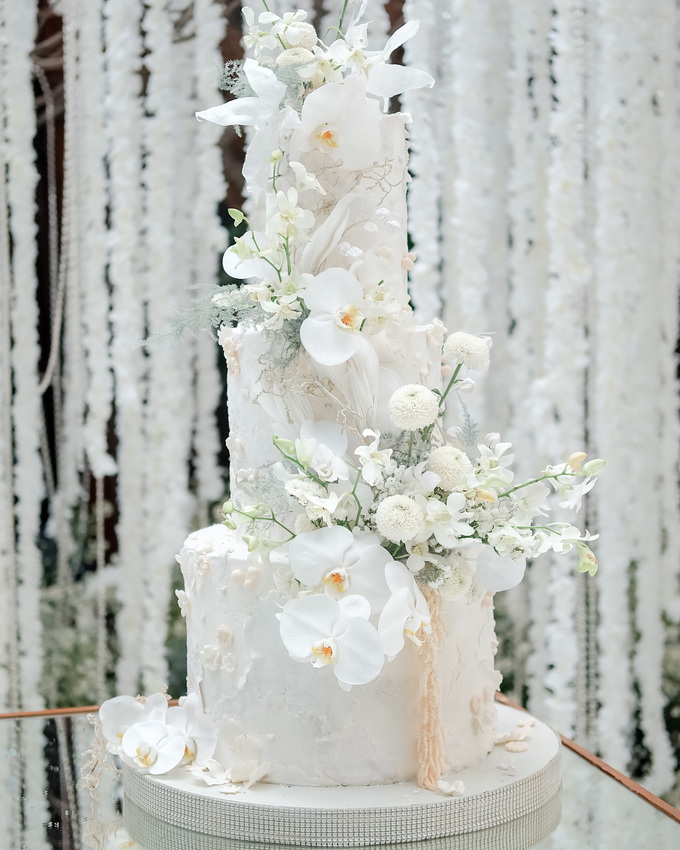 The wedding of Sulaeman & Claudia by KAIA Cakes & Co. - 010