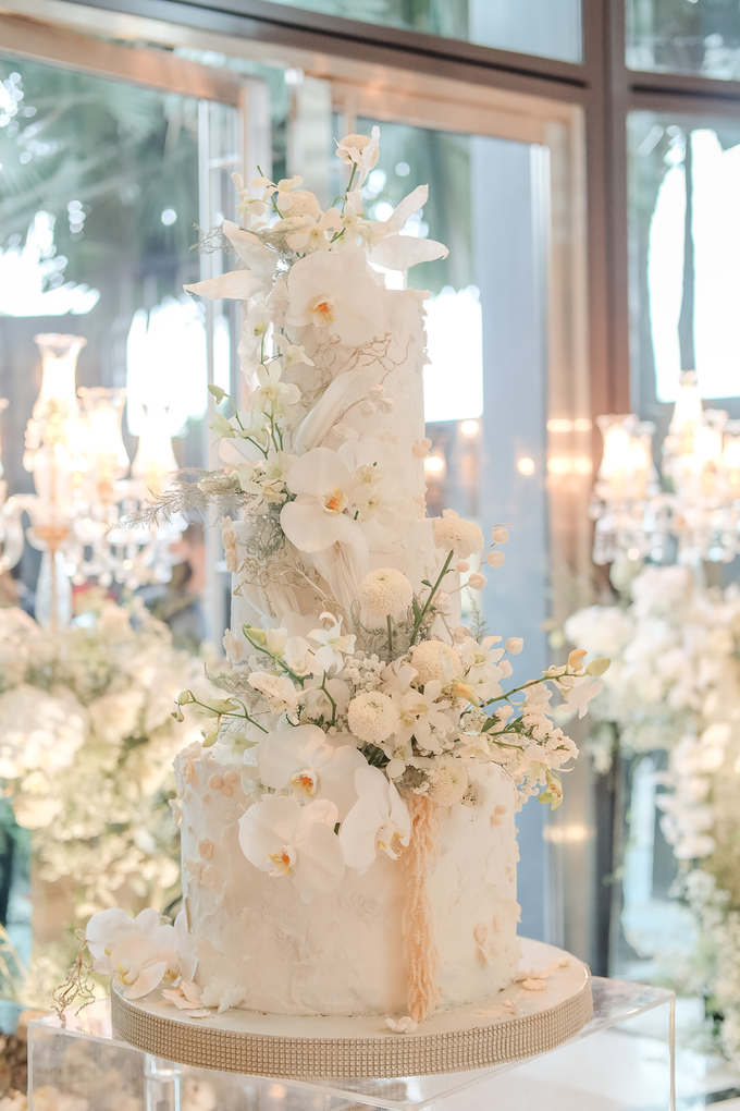 The wedding of Sulaeman & Claudia by KAIA Cakes & Co. - 013