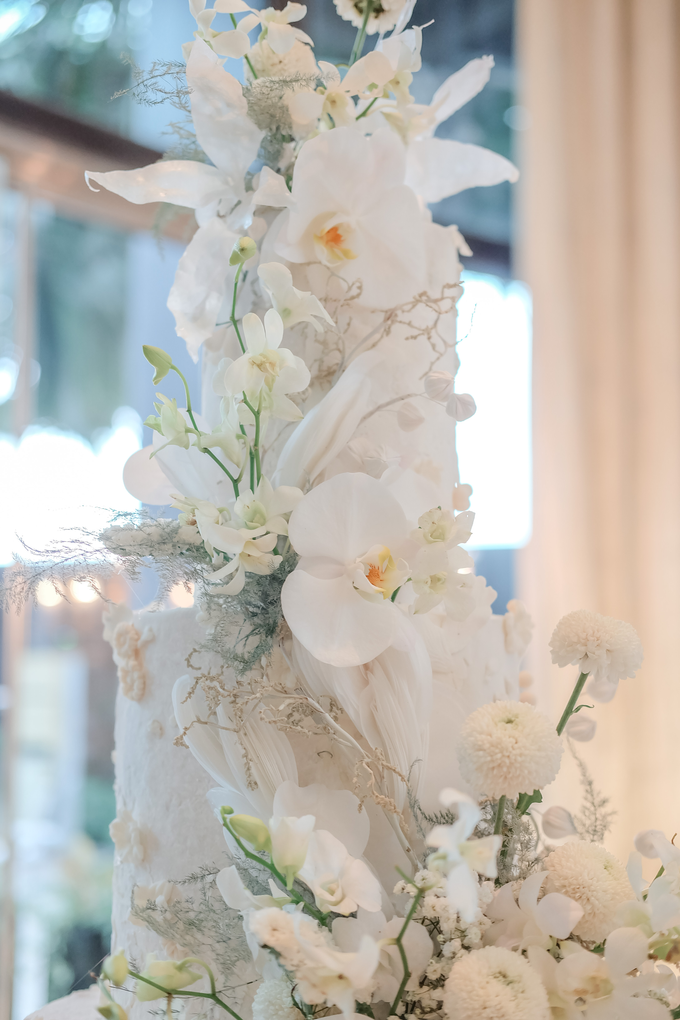 The wedding of Sulaeman & Claudia by KAIA Cakes & Co. - 014