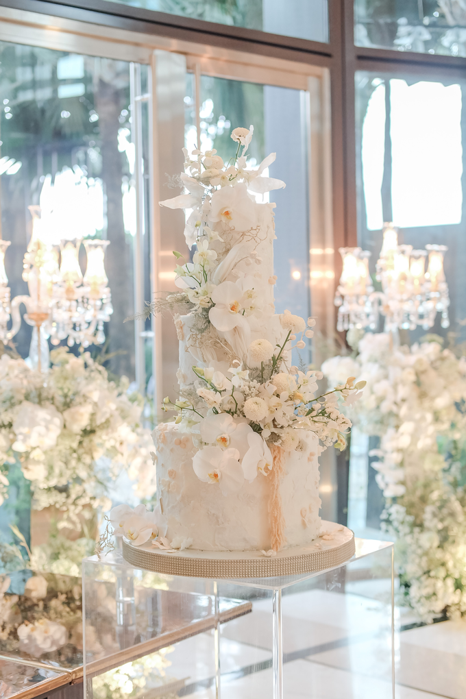 The wedding of Sulaeman & Claudia by KAIA Cakes & Co. - 019