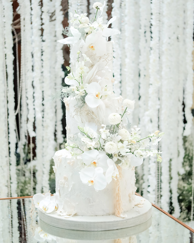 The wedding of Sulaeman & Claudia by KAIA Cakes & Co. - 023