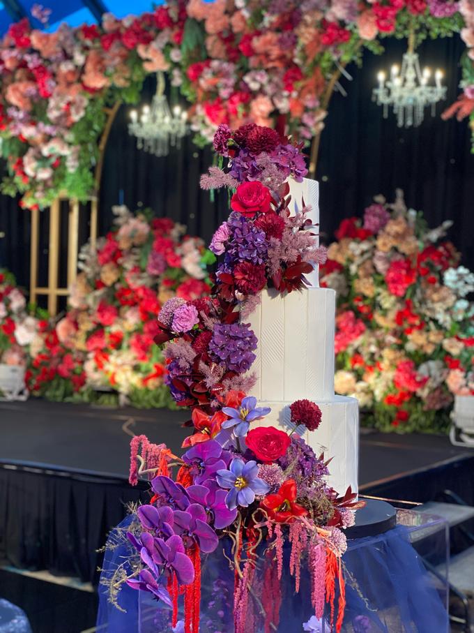 The wedding of Aditya & Felicia by KAIA Cakes & Co. - 011