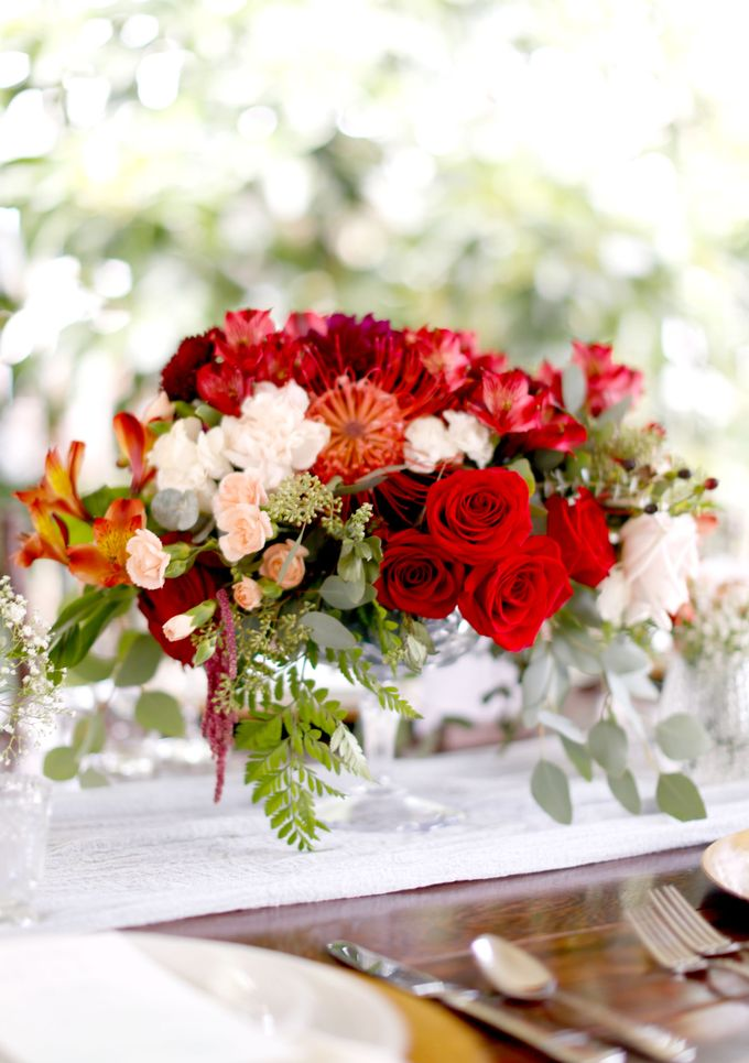 Centerpiece and Bouquet by Made by Kaia - 005