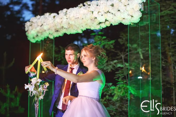 Greenery tale for Kate and Dime by Eli's brides agency - 023