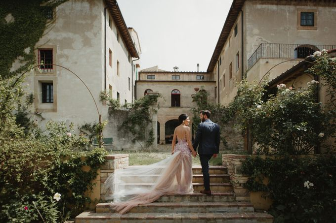 Intimate Wedding in Tuscan Artistic Villa by Fotomagoria - 026