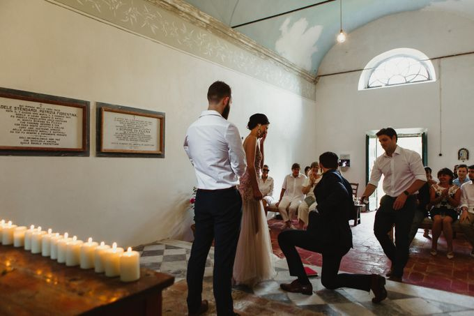 Intimate Wedding in Tuscan Artistic Villa by Fotomagoria - 036