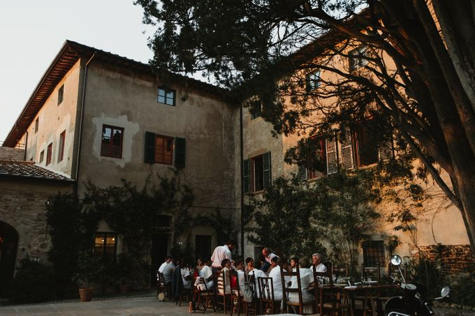 Intimate Wedding in Tuscan Artistic Villa by Fotomagoria - 047