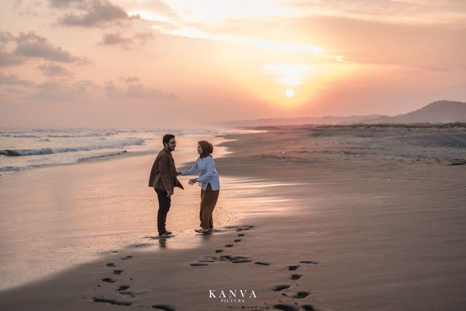 Sesi Prewedding Ceria Ketika Sunset by Kanva Pictura - 034