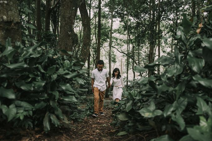 Couple Session of Dila and Kunto by Kanva Pictura - 009