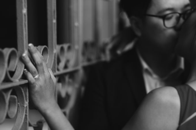 Emotional & Creative Prewedding Shots In Singapore by Wade Photography - 001