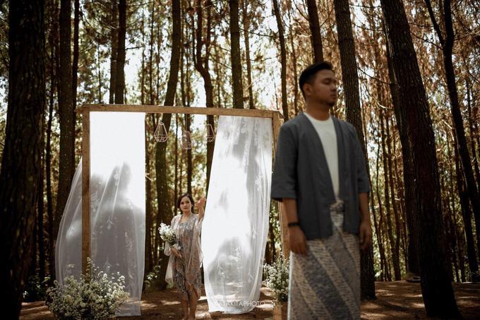 The prewedding of Astari & Andhika by Katakitaphoto - 012