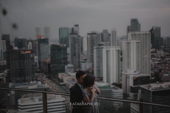 The prewedding of Astari & Andhika by Katakitaphoto - 021