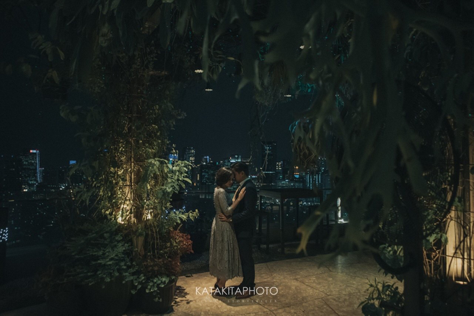 The prewedding of Astari & Andhika by Katakitaphoto - 032