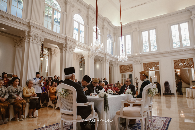 Cross-culture Wedding by Katakitaphoto - 011