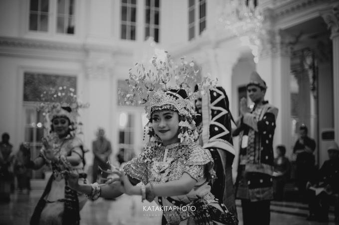 Cross-culture Wedding by Katakitaphoto - 043