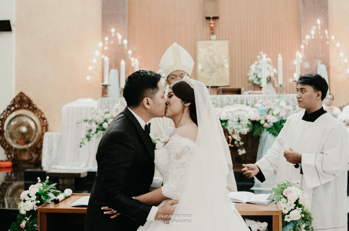 Prita & Nanda's Wedding by Katakita photography - 012