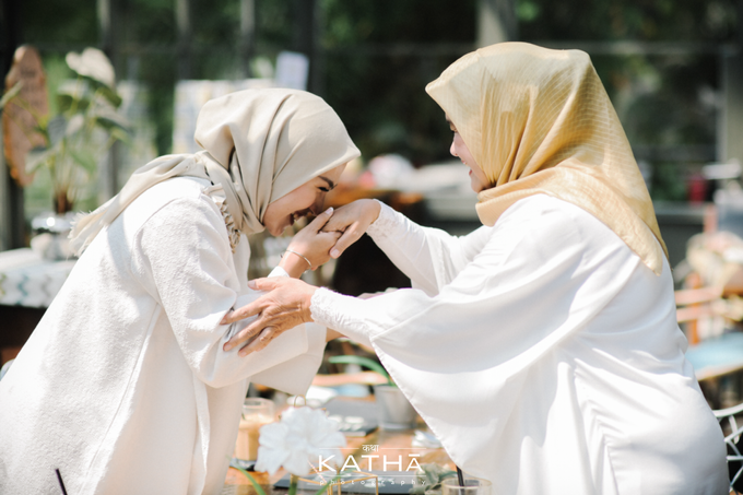 The one who finally be united after 10 years by Katha Photography - 017