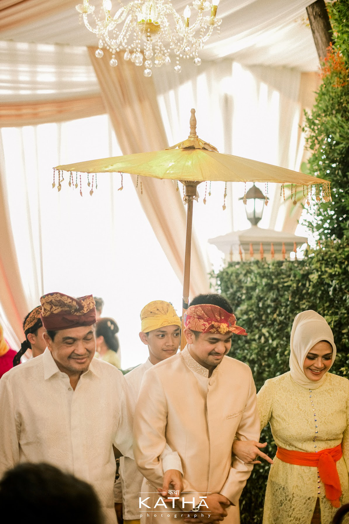 Vania & Almer Engagement Ceremony by Katha Photography - 009