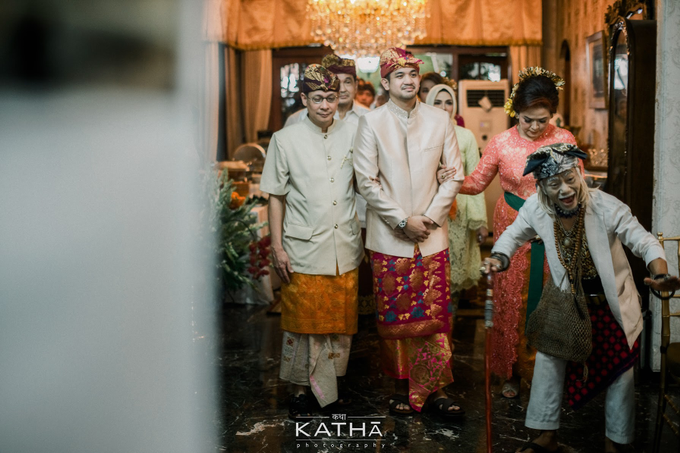 Vania & Almer Engagement Ceremony by Katha Photography - 011