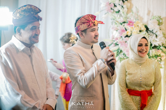 Vania & Almer Engagement Ceremony by Katha Photography - 017