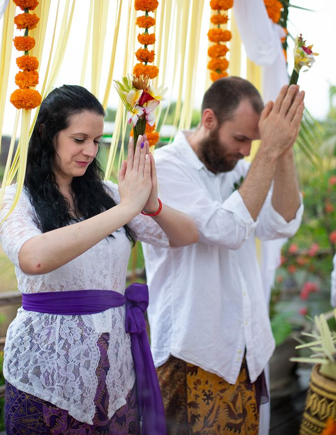 Katie & Nial Balinese Wedding in Ubud by The Mansion Baliwood Resort Hotel and Spa - 007
