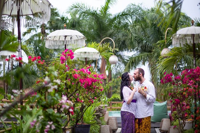 Katie & Nial Balinese Wedding in Ubud by The Mansion Baliwood Resort Hotel and Spa - 014