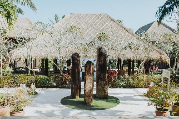Whimsical Tropical Wedding at Stone House by Tirtha by Tirtha Bali - 015