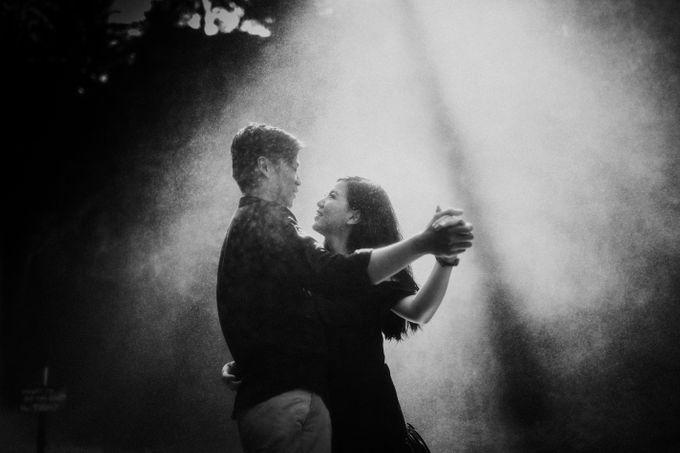 Lius & Tami Engagement Portrait by Keyva Photography - 050