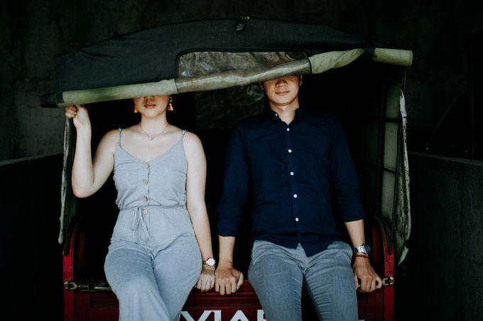 Lius & Tami Engagement Portrait by Keyva Photography - 043