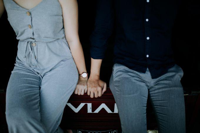 Lius & Tami Engagement Portrait by Keyva Photography - 044