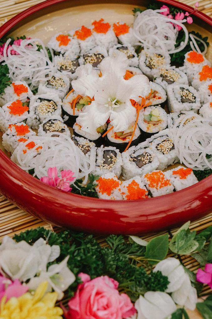 Sushi and Sashimi Stand by Kaminari Catering - 002