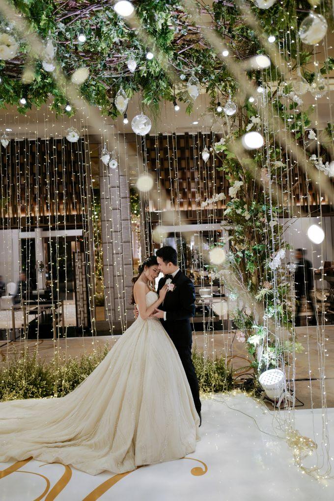 Ayana Midplaza - Kristian & Cressa by Maestro Wedding Organizer - 004