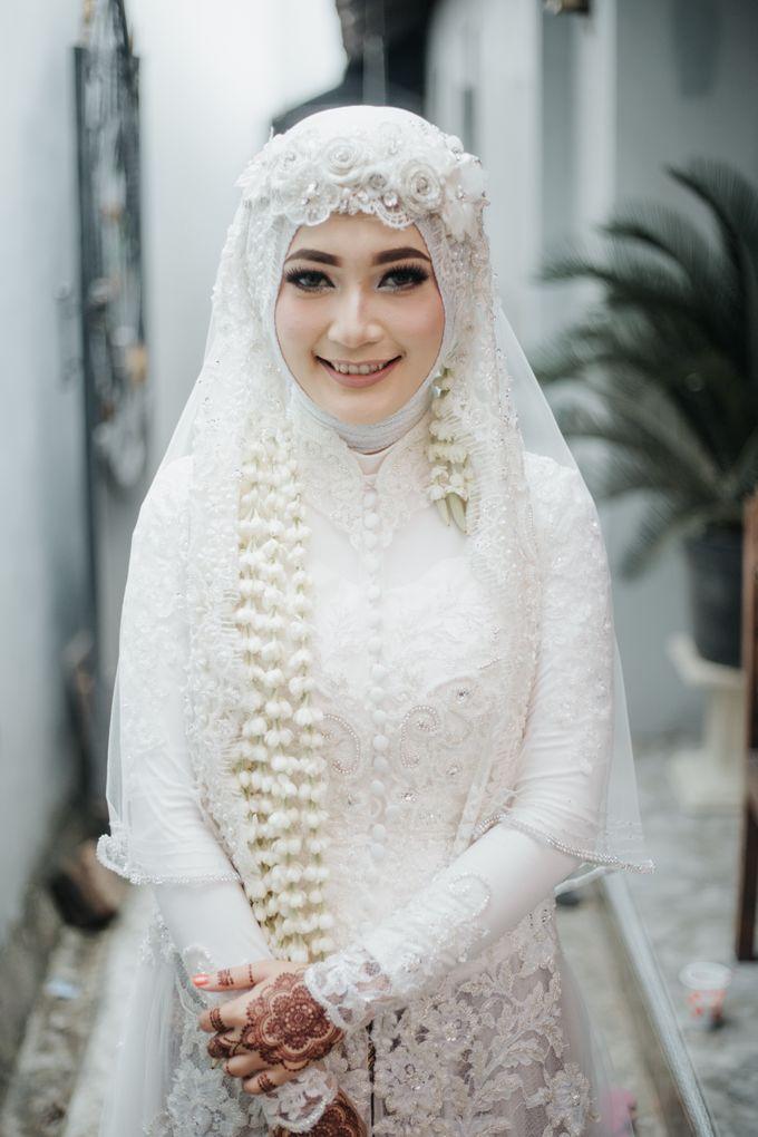 Elegant White Kebaya For Akad Nikah Firda Dodo By Laksmi 0817 0370