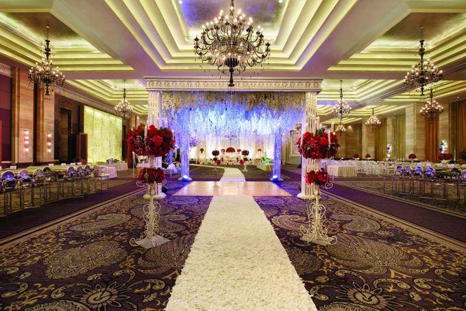 Wedding at Kempinski Grand Ballroom - Hotel Indonesia Kempinski Jakarta by Hotel Indonesia Kempinski Jakarta - 002