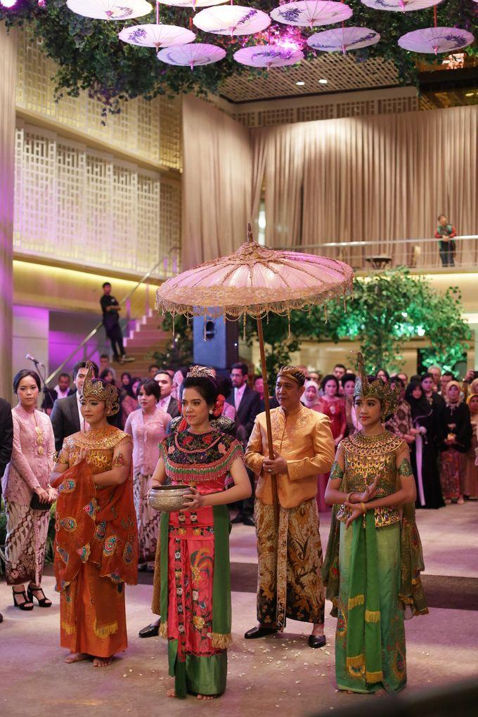 Keshia & Fadhil Wedding Reception by Maheswara - 012