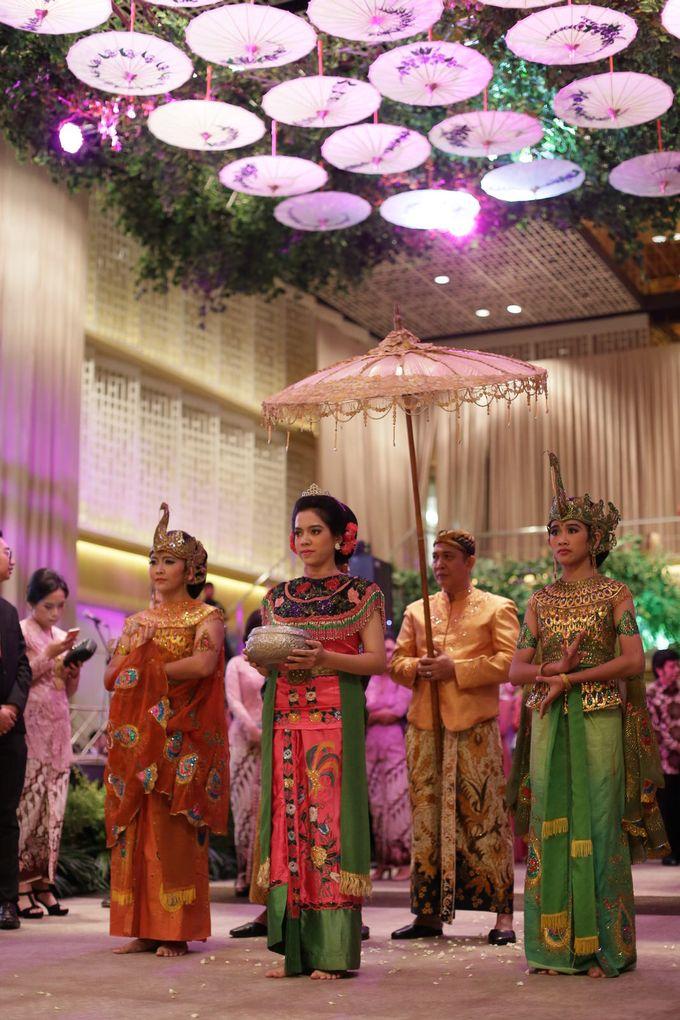 Keshia & Fadhil Wedding Reception by Maheswara - 013