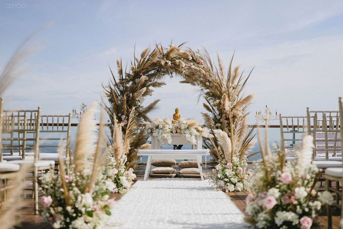 Fearless - The Wedding of Kevin and Lia by Donny by Axioo - 037