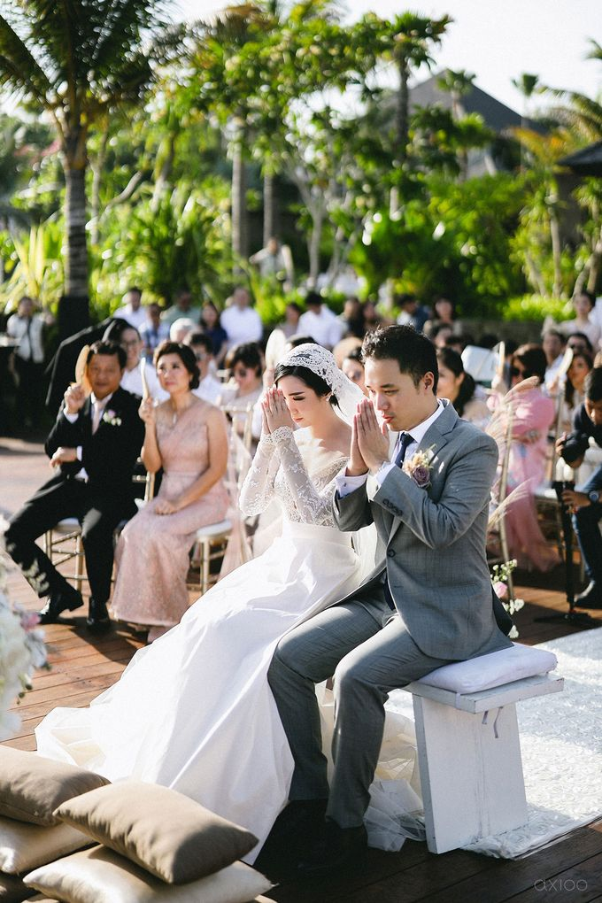 Fearless - The Wedding of Kevin and Lia by Donny by Axioo - 038