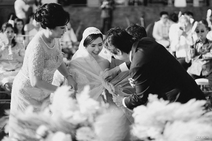 Fearless - The Wedding of Kevin and Lia by Donny by Axioo - 039