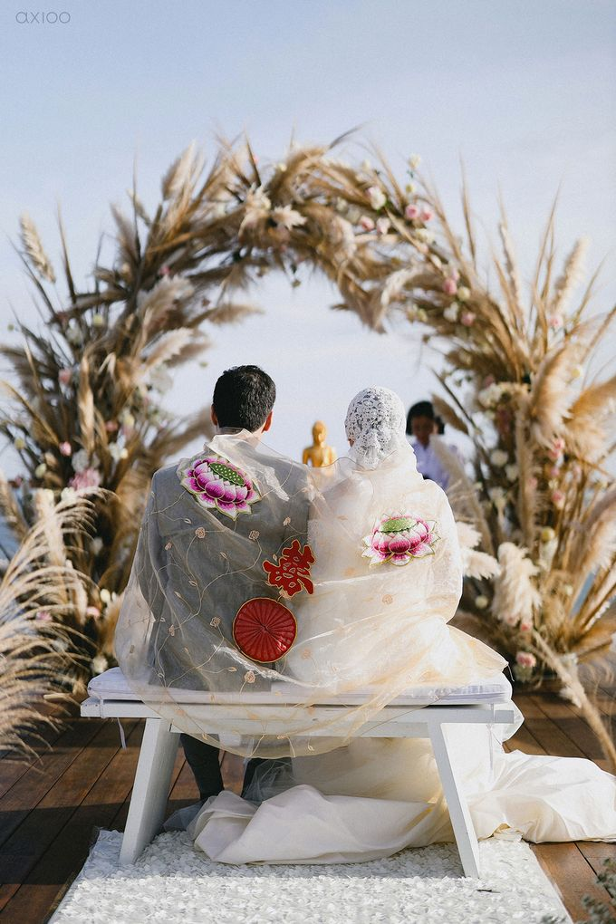 Fearless - The Wedding of Kevin and Lia by Donny by Axioo - 040