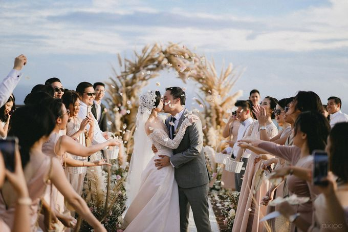 Fearless - The Wedding of Kevin and Lia by Donny by Axioo - 043