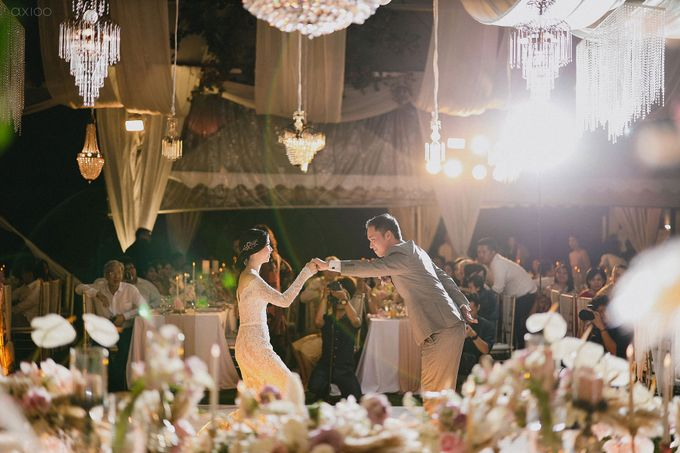Fearless - The Wedding of Kevin and Lia by Donny by Axioo - 048