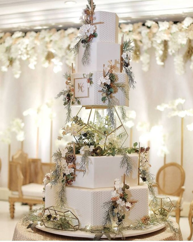 5 & 6 Tiers Wedding Cake by LeNovelle Cake - 017