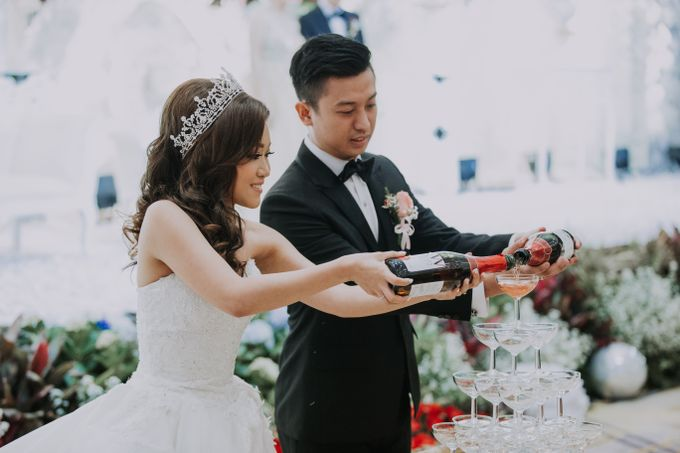 The Wedding of Kevin & Vega by NERAVOTO - 024