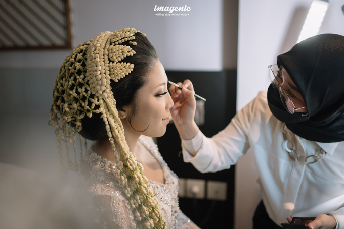 a Modern Sundanese Wedding of Rahmat & Tantri by Khayim Beshafa One Stop Wedding - 003